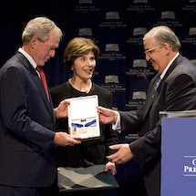 President Bush to Finally Award 2007 Presidential Medal  of Freedom Winner Oscar Biscet with His Medal