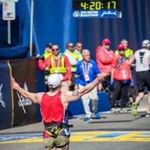 A Vet's Marathon Run Leads to Unexpected Healing