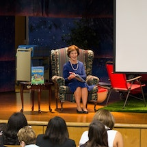 School Libraries Play an Indispensable Role