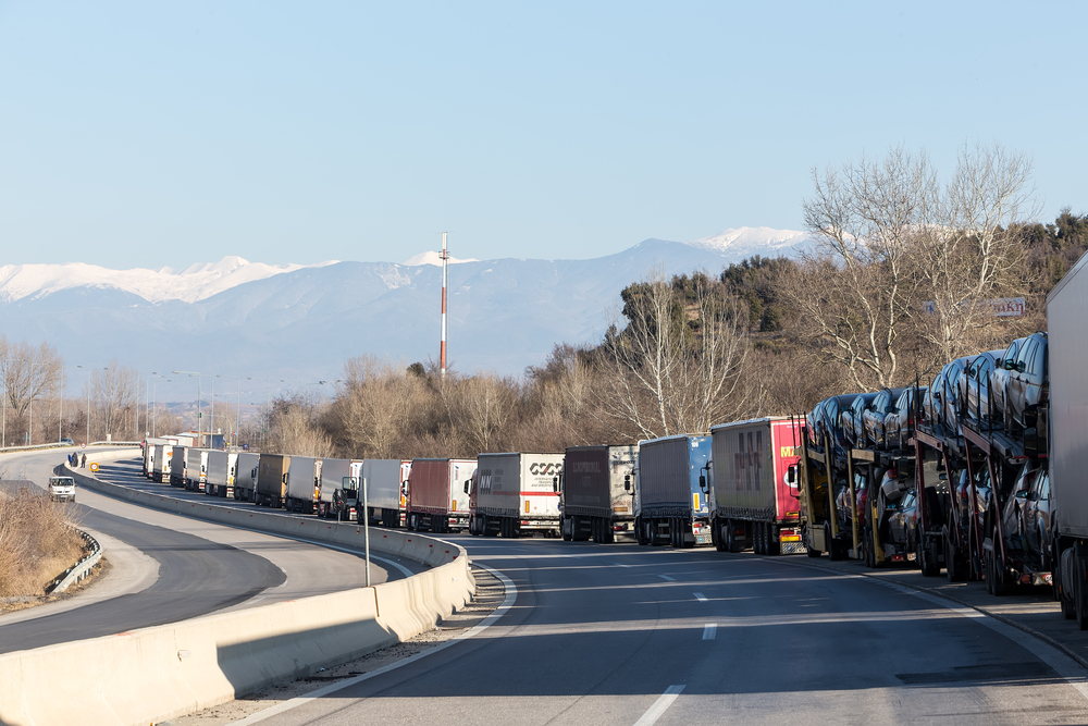 Simplifying Border Crossings for Goods Will Help the Economy