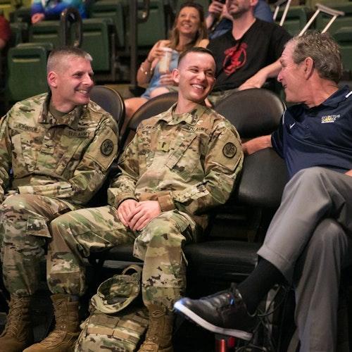 5 Ways to Thank a Veteran