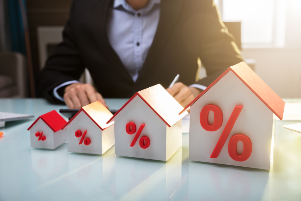 Two-Minute Take: Interest Rates and the Housing Market
