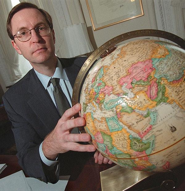 Glenn Hubbard (Greg Whitesell/Getty Images)