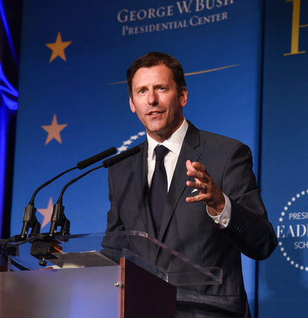 Mark Updegrove speaking at the 2016 Presidential Leadership Scholars graduation (Grant Miller/Presidential Leadership Scholars)
