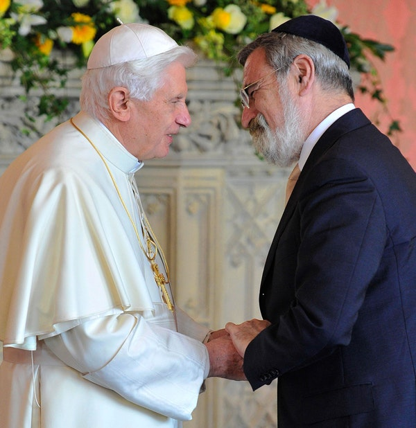Pope Benedict XVI meets Britain's Chief Rabbi Jonathan Sacks on September 17, 2010. (Toby Mellville/AFP/Getty Images)