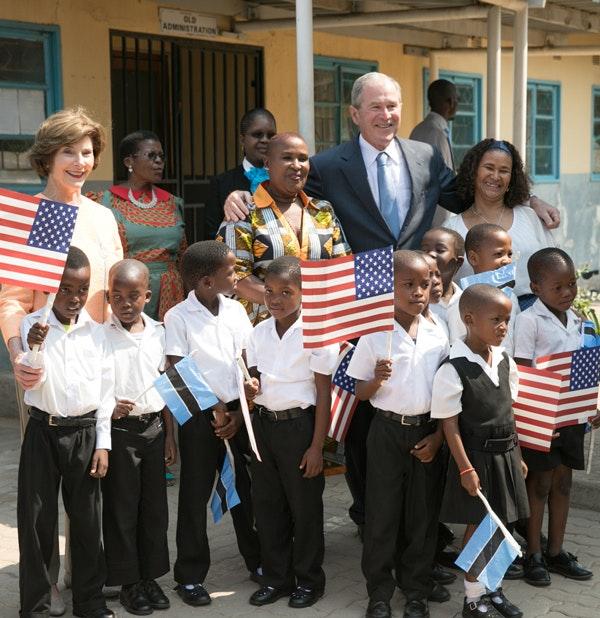 President and Mrs. Bush visit Therisanyo Primary School in Gaborone, Botswana in April of 2017. (Paul Morse / George W. Bush Presidential Center)